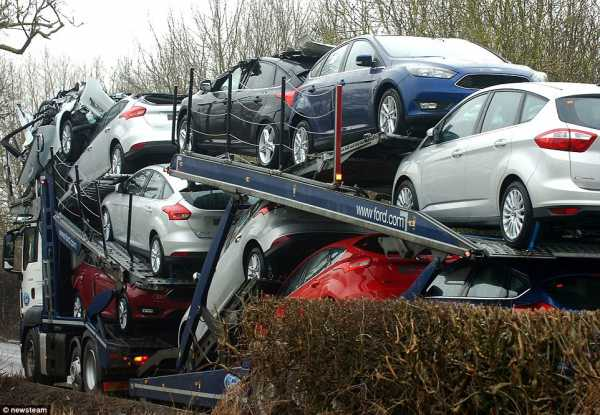 Brand New Ford Cars Smashed Transporter Low Bridge 3