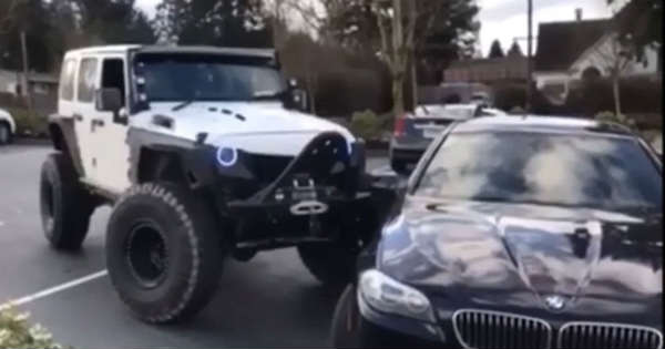 Jeep Pushes BMW 4