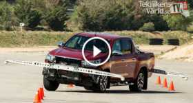 Toyota New Hilux 2016 Moose Test 1 TN