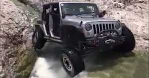 Pro Wrangler Driver Climbs Up A Waterfall 4