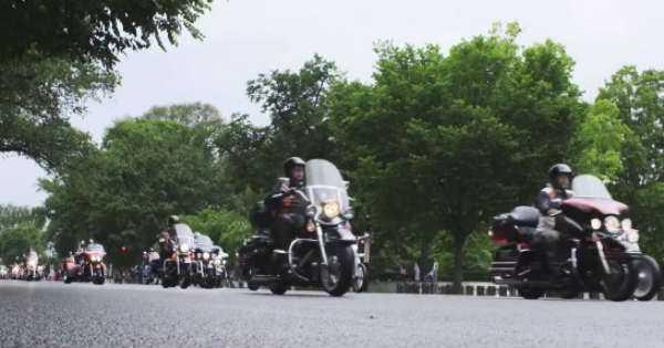 2017 Harley Davidson Parade 500000 riders 1
