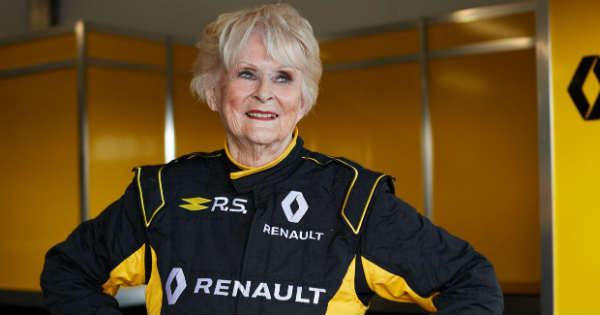 79-year-old Rosemary Smith drives a Formula 1 renault 1