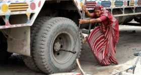 India First Lady Mechanic Truck 2