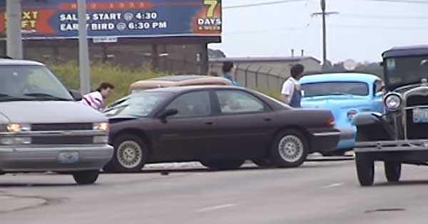 Lady Driver Crash Hot Rod 2