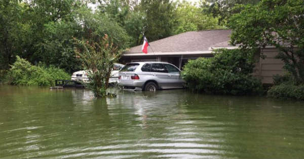 Quick Thinking Saved This Guys Two BMW M3 E36 X5 From HURRICANE HARVEY 2