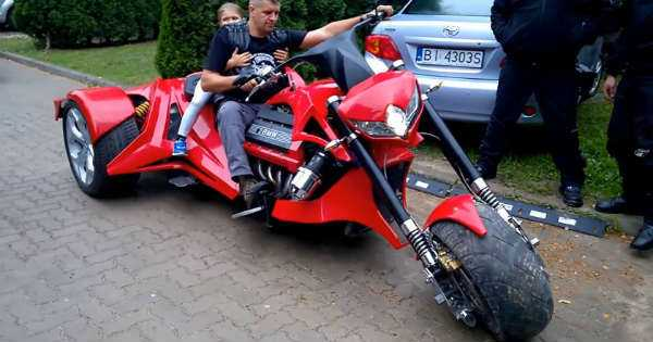 V8 BMW Trike ride russia 1