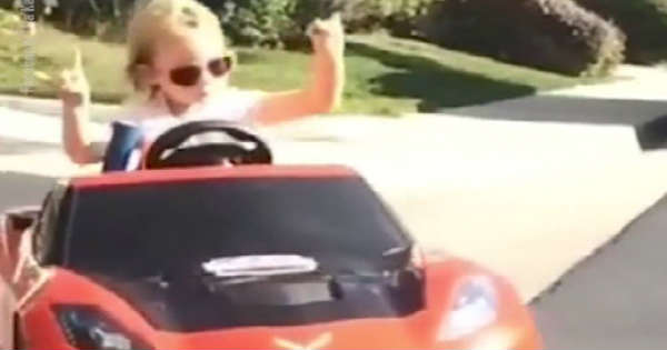 5-Year Old Girl Drifts Her Corvette 2