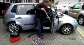 Hilarious Prank vacuum cleaner car 1