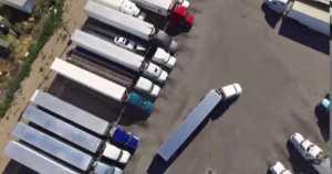 Immense Truck parking Skills parking trailer 1
