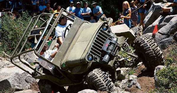 JEEP CARNAGE Off-Road Beasts destroyed compilation fail 2