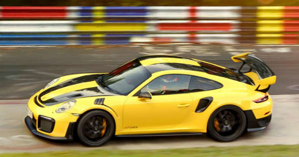 New Porsche 911 GT2 RS Sets a World Record on the Nrburgring Nordschleife 2
