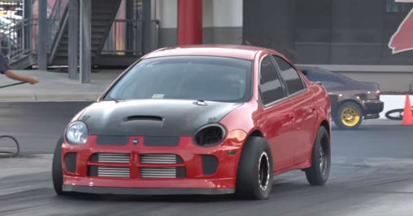 Presenting You The Fastest Dodge SRT4 5speed Out There 2