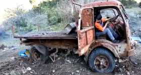 Rescuing an Old Abandoned Fiat 642 Truck 1