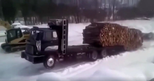 The Most Skillful Truck Drivers Ever 2