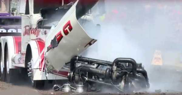 Tractor Pulling Competition crash compilation fail 1