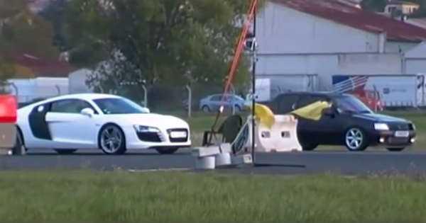 Underdog Peugeot 205 RSS vs Audi R8 1