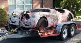 1950 Jaguar XK120 Roadster Found in a Barn After 50 Years 1