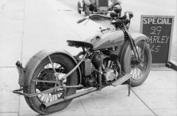 Bessie Stringfield Racing Legend Harley Davidson Bike 1930 3