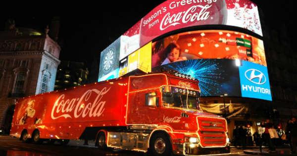 Coca Cola truck London 12