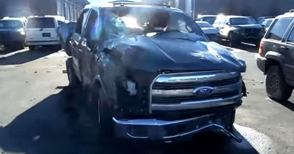 Rollover Damage: Ford F150 Aluminum Body VS Chevy ...