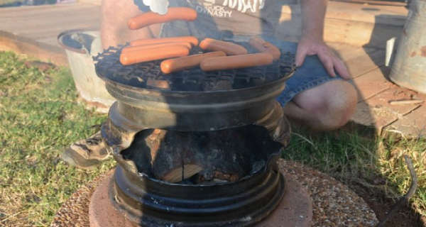How To Make a Mini Barbeque From Your Old Car Rims 2