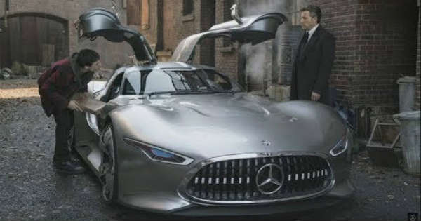 Making of JUSTICE LEAGUEwith Mercedes-Benz AMG Vision Gran Turismo in LONDON 2
