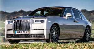 New Rolls-Royce Phantom VIII Built For Billionaires 1