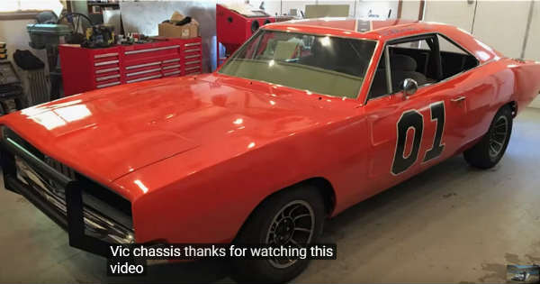 Police Car Transformed Into General Lee Dodge Charger 2
