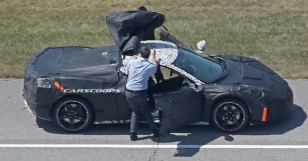 Test Drivers Trying To Cover The New 2019 Mid Engine Corvette 2