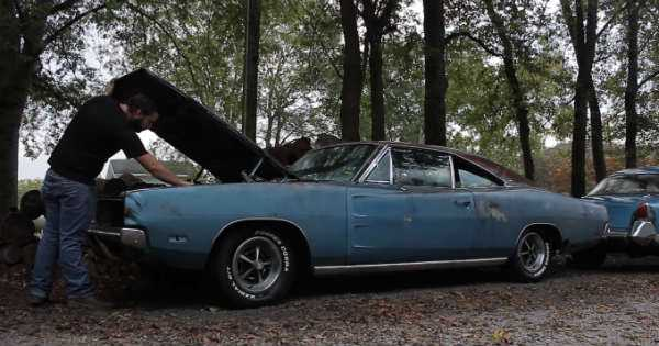 This 1969 Dodge Charger Has Been Powered Up After 20 Years 2