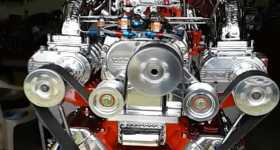 Triple Blown V8 Engine With a See Trough Supercharger Windows 2