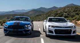 2017 Chevrolet Camaro ZL1 vs 2017 Ford Shelby Mustang GT350R 2