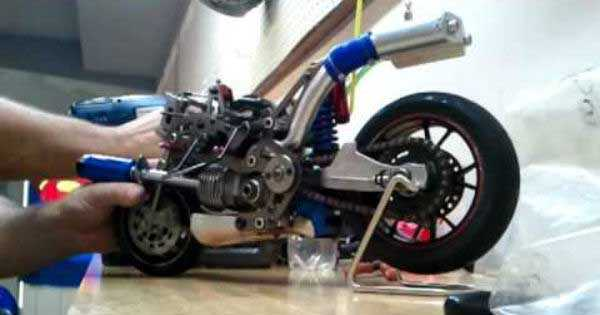 Amazing Miniature Ducati 1