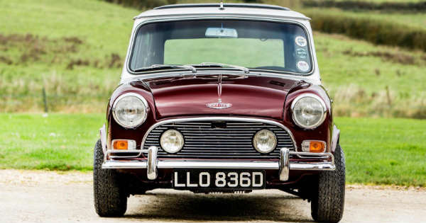 Mini once owned by Ringo Starr is going on auction and it could fetch more than 120000 2