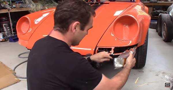 Dream Porsche 911 Rebuilt In Just Four Minutes 2
