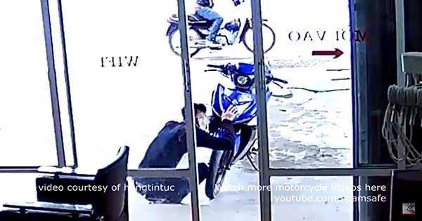 Stealing Bikes Thieves 2
