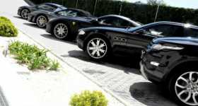 What To Think About When Renting A Luxury Car 2