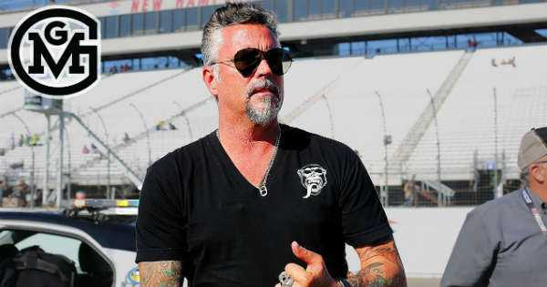 richard rawlings is extremely rich but how much exactly. Black Bedroom Furniture Sets. Home Design Ideas