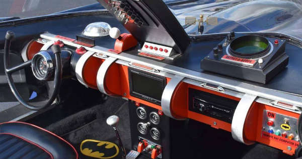 stunning batmobile replica 1