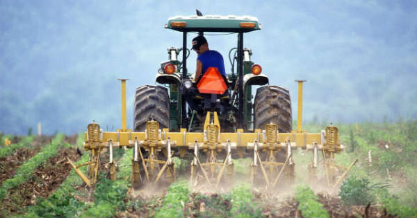 5 Tips For Choosing The Best Farm Tractor For Your Needs 2