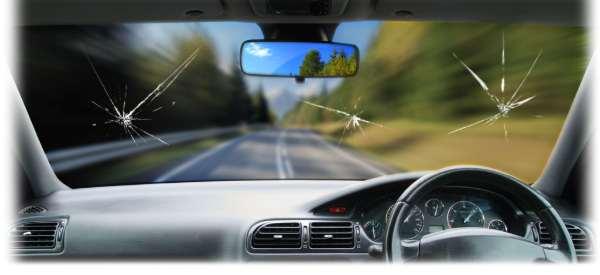 4 Reasons to Avoid Waiting to Address Windscreen Repairs 1
