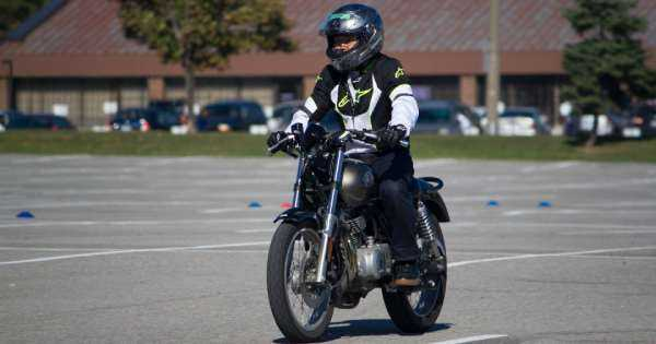 What Should You Know About Learning to Drive a Motorcycle 3