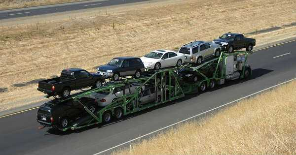 Moving a Car The Best Ways to Transport Your Vehicle During a Move 2