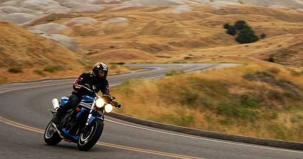 Safety Tips for Riding a Motorcycle For the First Time 1