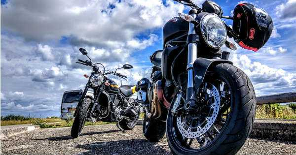 7 Essential Motorcycle Safety Tips 2