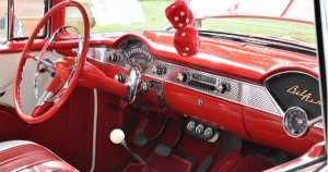 Tips on Where to Find Classic Car Parts 1
