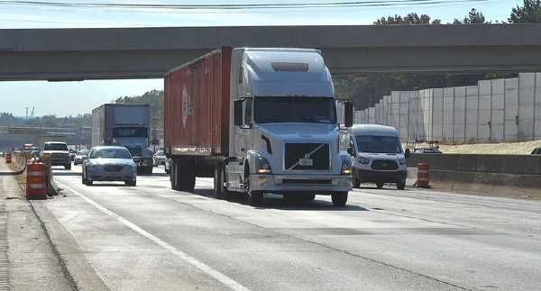 Why Trucking Can Be Deadly for Truckers and Others 2