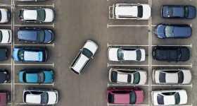 Essential Street Parking Safety Tips 2
