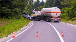 Here's What to Do When Involved in a Truck Accident 1
